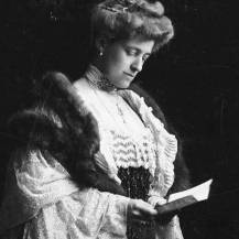 Edith Wharton moved to Paris in the early 1900s. Not long after, in 1913, after her affair with Morton Fullerton had ended, she divorced her husband of more than 20 years.